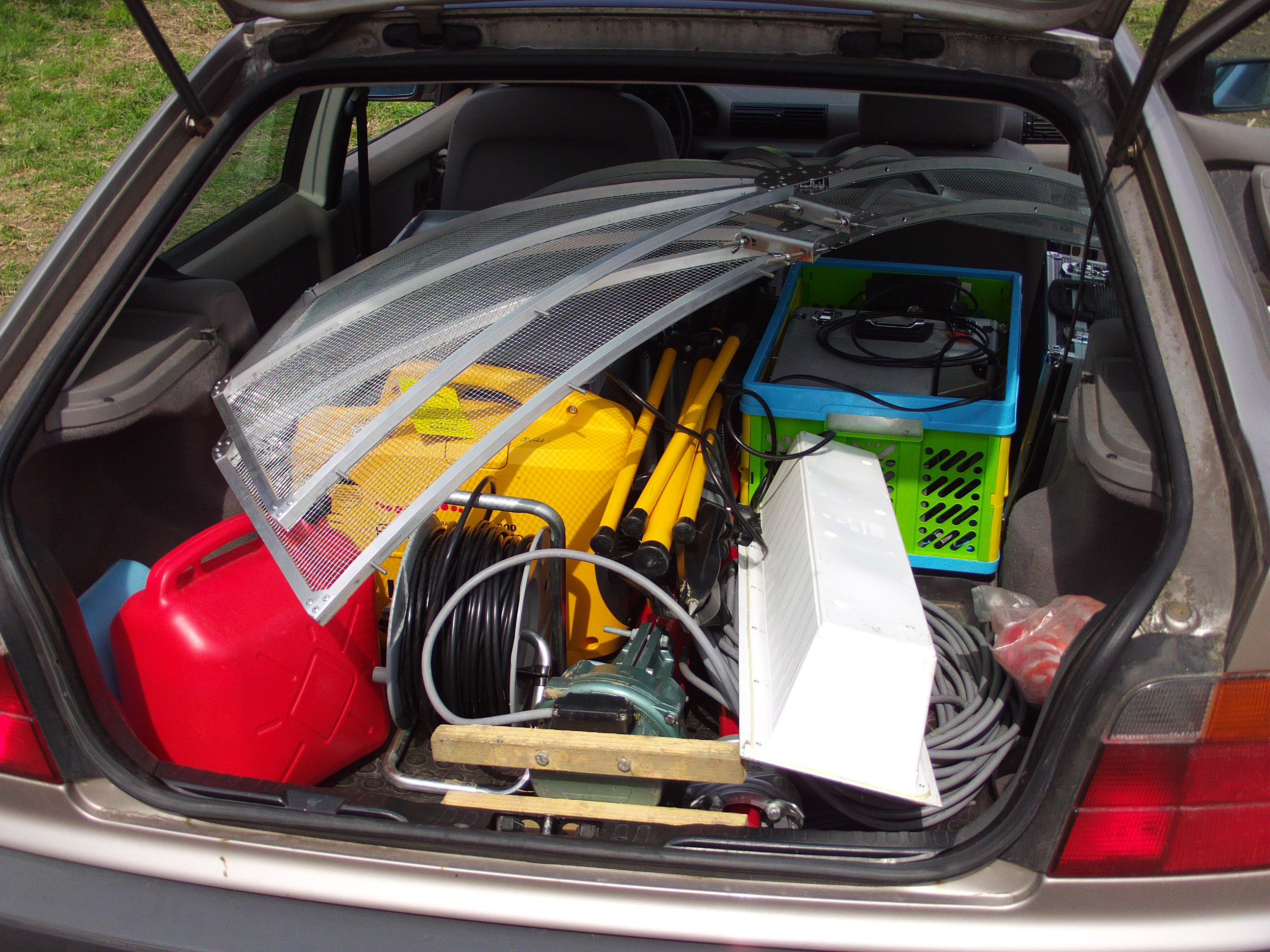 DUR equipment in car