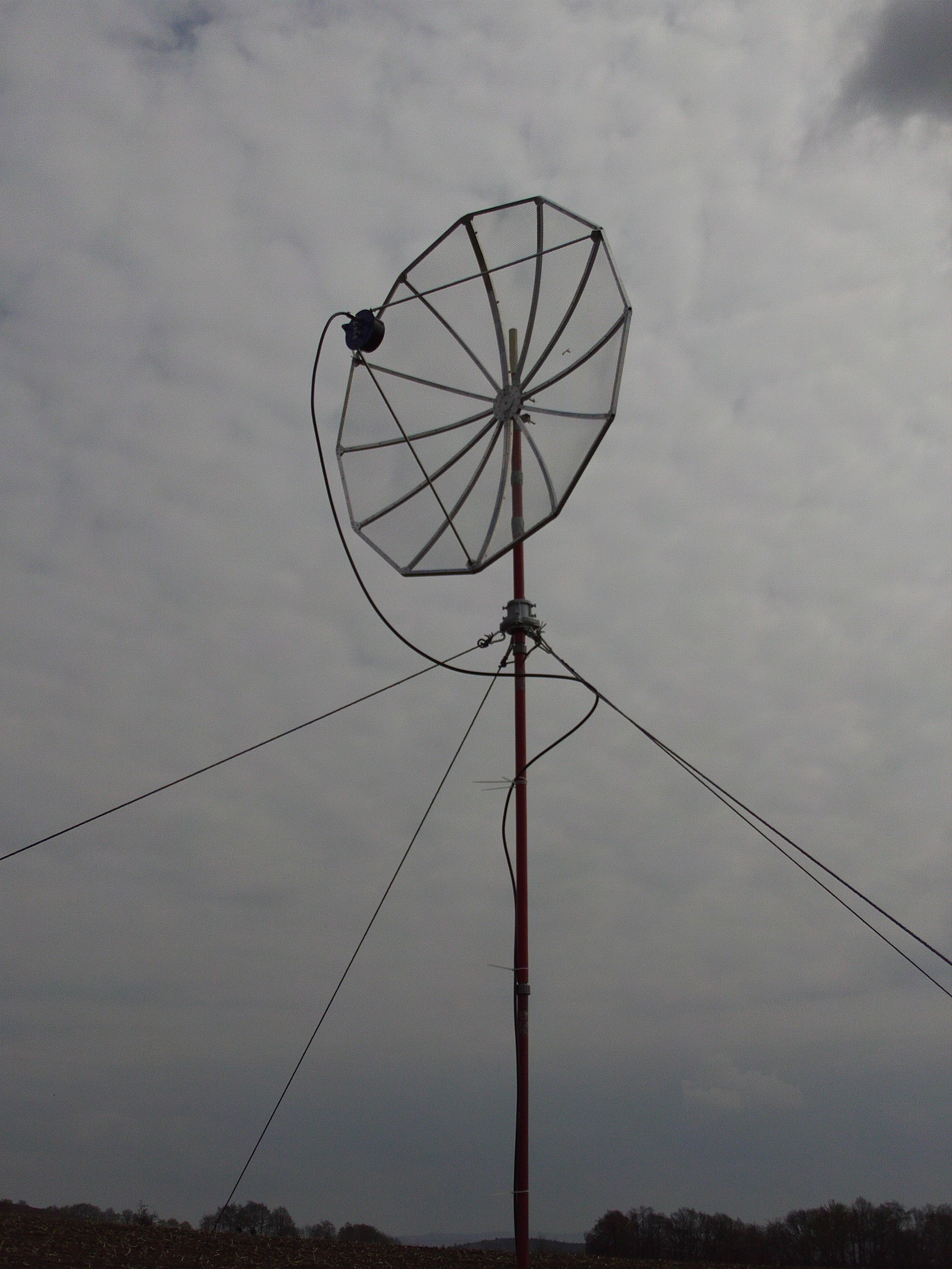 new 1.5m dish on portable tower
